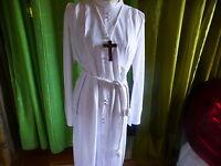 ancienne  robe communiant ou sous robe communiante   ,ceinture ,croix bois