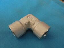 Cajon SS-4-E Swagelok/Parker/Hamlet 1/4'' NPT Tube Fitting 316  90 Degree Elbow