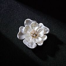 Hot Gold Plated Flower Pearl Rhinestone Crystal Wedding Bridal Brooch Pin Charm