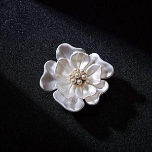 Hot Gold Plated Flower Pearl Rhinestone Crystal Wedding Bridal Brooch Pin Charm