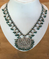 Swarovski Element Green Crystal Necklace and Matching Earrings Gift Set