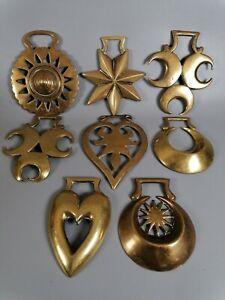 Vintage set of 8 trad horse brasses interior home stylish trend hearts crescent