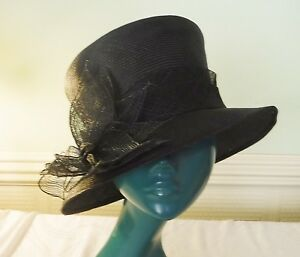 20S STYLE TOPPER HAT BLACK STRAW ASYMETRIC ACCESSORIZE SELF SASH FLOWER SMART