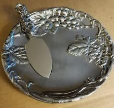 ARTHUR COURT GRAPE PLATE WITH CHEESE SERVER NOS IN ORIGINAL BOX