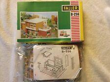 Faller H0 B-256 - Villa mit Pool