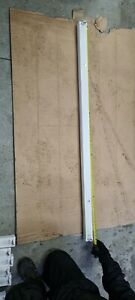 5 Foot Single Fluorescent Light Fitting With Tube