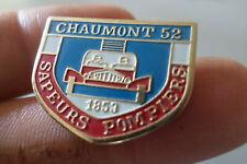 pin s badge SAPEUR POMPIER CHAUMONT Haute Marne dept 51 camion echelle 1853