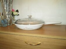 Corning Vision White Glass Frying Pan / Skillet with Waffle Base and Lid 26cm