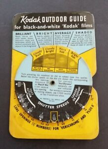 VINTAGE KODAK OUTDOOR GUIDE, CALCULATOR 'FOR BLACK AND WHITE KODAK FILMS'