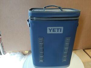 Yeti BackFlip 24 Backpack Navy