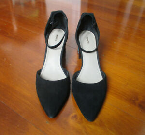 Mimco suede black leather shoes with gem feature heel 40