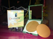 CLINIQUE Stay-matte sheer pressed powder Stay Suede