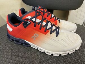 ON CLOUD MEN'S RUNNING SHOES SWISS ENGINEERING CLOUDFLOW SIZE US 9.5 NEW