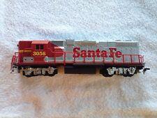 Life Like Train 8075 GP 38 Santa Fe 3056 Dummy Locomotive, AS IS