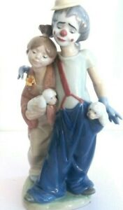 Retired Lladro 7686 'Pals Forever' Clown & Girl wit Dogs NEW