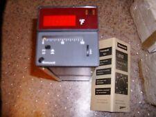 Honeywell 8434-10-30000-701-4-00 Class 84 Controller - 0-100 mv - New