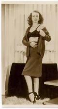Akt Vintage Foto - leicht bekleidete Frau aus den 1950er/60er Jahren(108) /S200