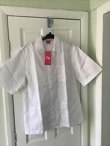 Mens Medical Uniform  Tunic. White. Size 44in Chest Approx.