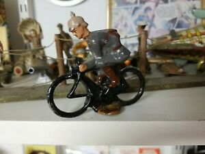 AMERICAN METAL CO? Lead Toy Soldier GERMAN GRAY RIDING MOTORCYCLE Barclay Manoil