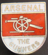 ARSENAL FC Vintage club crest type badge Brooch pin In gilt 16mm x 19mm