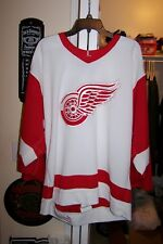 RARE 1990's DETROIT RED WINGS Nike Size 48 med Authentic Pro Player Jersey