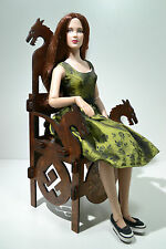 Throne Viking for Dolls 1/4 Tonner BJD 16-18 in Furniture Diorama OOAK dragon