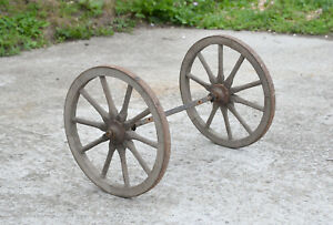 old vintage dog cart/ pony cart rear axle with wooden wheels - 41 cm
