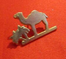 PINS PIN'S BADGE VINTAGE COLLECTION PINS DROMADAIRE CIGARETTE CAMEL