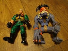 2--1998 HASBRO--SMALL SOLDIERS MOVIE--CHIP HAZARD & INSANIAC FIGURES (LOOK)