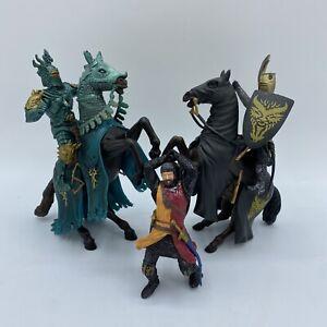 BLUE BOX BBI Hasbro Medieval Crusader Knights Horses Figure Lot Toys