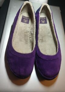 CROCS Berryessa Purple Suede Flat Fur Lined Ballet Flats Shoes Women's 9 EUC