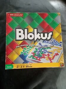 BLOKUS - STRATEGY BOARD GAME - MATTEL - ONE SPARE REPLACEMENT PIECE