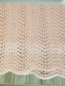 50x41 Pink Acrylic Knit Or Crochet Scalloped Afgan Throw Easter Spring...