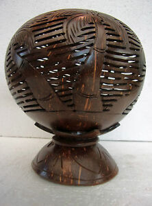 Unusual Hand Carved Coconut Shell  LED T Light Holder Palm Tree Coconut Carving