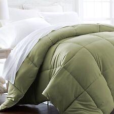 Hotel Quality Ultra Soft Down Alternative Comforter by ienjoy Home