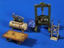 Verlinden 1/35 Panzerwerk Workshop Hydraulic Press, Compressor and 2 Carts 2616
