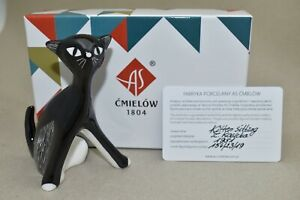 Cmielow Kitten Sitting Porcelain Figurine. Boxed with Certificate