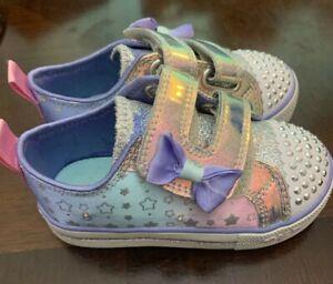 Toddler Girls Light Up Sketcher Sneakers Size 7