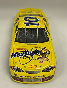 Jeff Green NASCAR Signed Autograph Auto 2000 NesQuik 1:24 Scale Diecast Car JSA