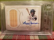 Reggie Jackson 2019 Topps Definitive Game Used Bat Autographed Card