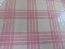 Chequered pink Tablecloth ( wipe clean ) 140 cm 180 cm