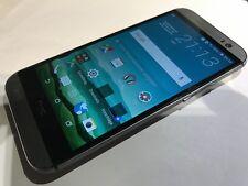 HTC One 8 Handy hat einen Simkartenfehler-defekt