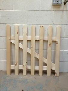 wooden Picket Fence Gate- 3ftx4ft planed timber smooth finish FLASH SALE
