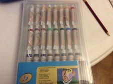 Boîte neuve avec 24 couleurs de peintures à l'huile12 ml,palette et rangements.