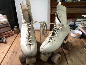 Vintage Chicago Roller Skates White Size 6