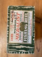 Vintage Pflueger Medalist 1495 Fly Reel Box Only. See Pictures.