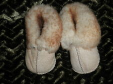 ~**~ SHEEPSKIN BABY BOOTIES up to 6 mo~**~