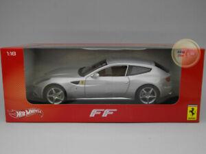 Ferrari FF (2011) - Hot Wheels 1:18 - HWX5525SI