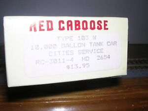 Red Caboose #RC-3011-4  Cities Service 10,000 Gal. Tank Car #2654 KIT H.O.1/87
