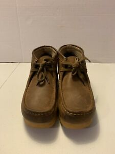 Men's Clarks Wallabees Brown Boots Size  9.5